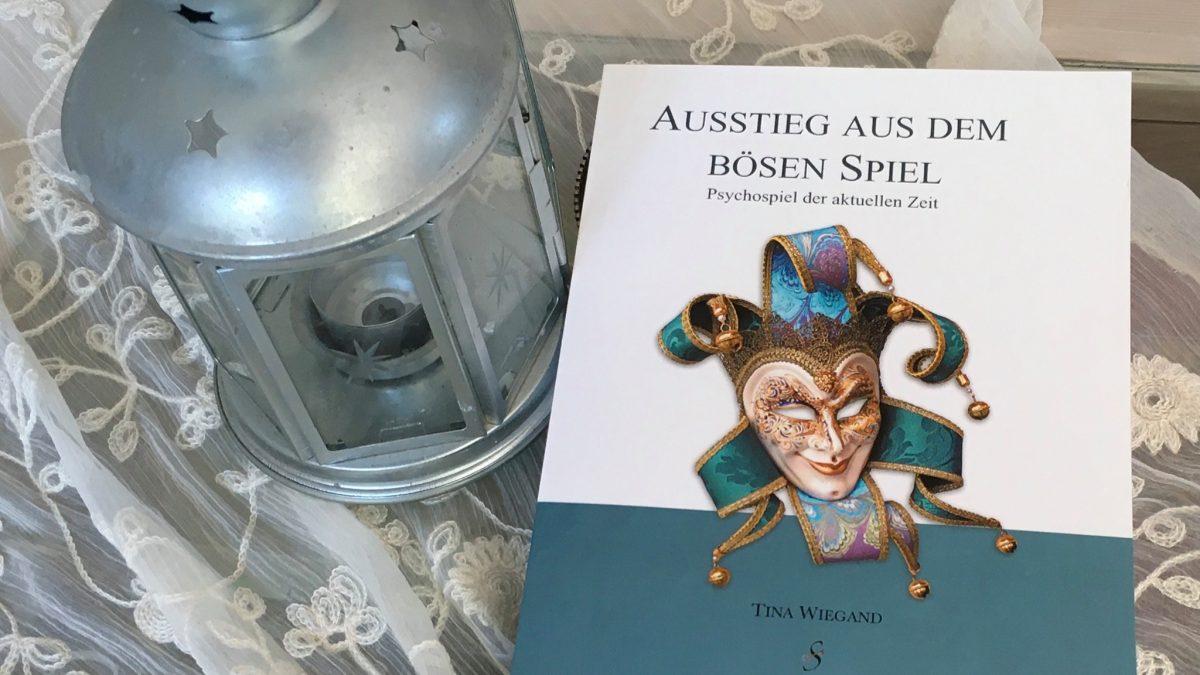 Soulfit Verlag - Ausstieg aus dem bösen Spiel - Tina Wiegand